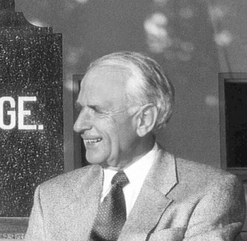 Schwarz-Weiß-Portrait von Walter Lange.