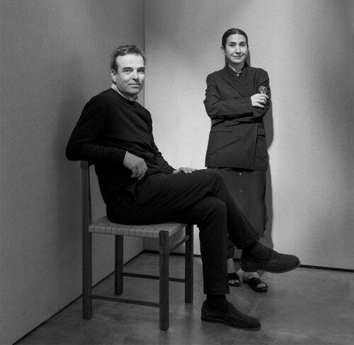 Schwarz-Weiß-Bild von Philipp Mainzer und Farah Ebrahimi.