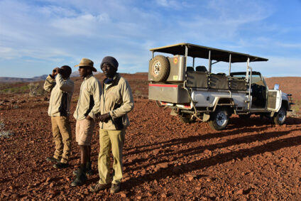 Nashorn-Patrouille in Namibia