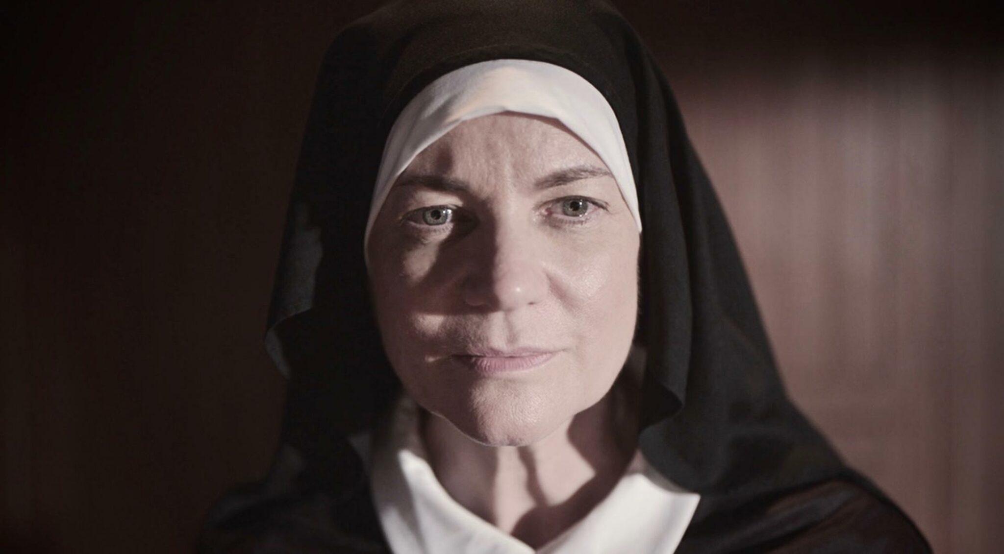 Jacqueline Fritschi-Cornaz als Mutter Teresa im Film Kavita & Teresa.